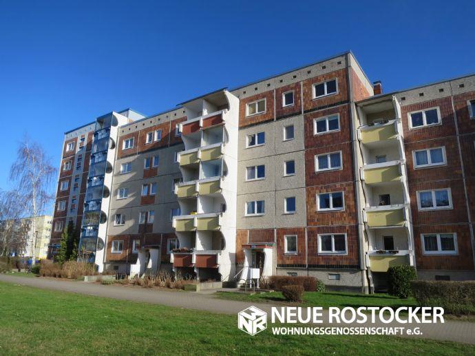 3-Raum-Wohnung in zentraler Lage - komplett modernisiert