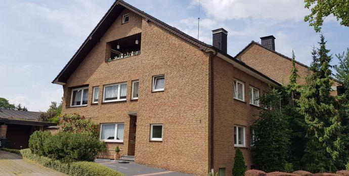 Sehr schöne Dachgeschoss-Wohnung in guter, ruhiger Wohnlage von Neukirchen-Vluyn (Ortsteil Vluyn)