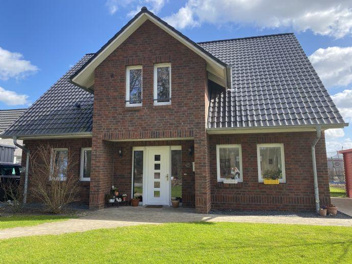 Von privat - Modernes Viebrock-Einfamilienhaus in