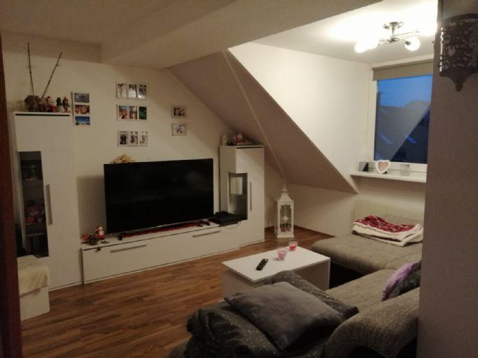 Sonnige 4 Raum - Dachgeschosswohnung in Riesa  2 Bäder