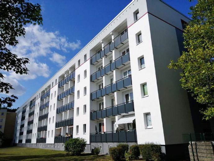 Ihr neues Zuhause - Renovierte 4-Raumwohnung mit zwei Balkonen