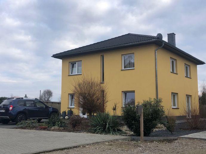 Attraktive Stadtvilla mit Einbauküche, Garten in ruhiger Lage von Cottbus-Ströbitz