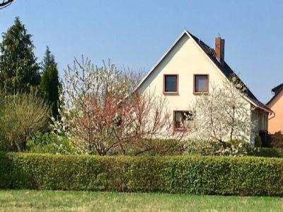 Haus in herrlich ruhiger Lage auf schönem Grundstück