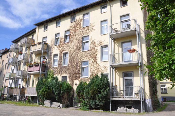 ab April gemütliche 2-Zimmerwohnung mit EBK und Balkon