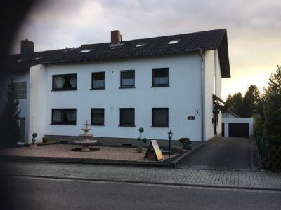 2630; Mehrfamilienhaus in bevorzugter Lage von St.-Ingbert-Rohrbach in direkter Waldrandnähe!!