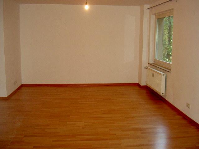 Großzügige zwei Zimmer Wohnung in bester Westendlage mit Balkon