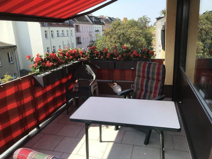 Bezugsfreie Maisonette-Wohnung mit Terrasse in Steglitzer Top Lage