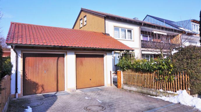! Solides Investment ! - Gepflegtes Mehrfamilienhaus mit 4 separaten Wohneinheiten in ruhiger Lage