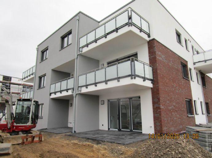 Kommen - sehen - staunen - 3 Zim Neubau-Whg 4 mit Balkon / Garage möglich  - Am Nierspark 54