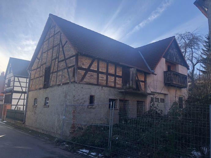 Sanierungsobjekt Einfamilienhaus mit Nebengelass