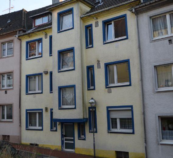 Solides Mehrfamilienhaus mit 6 Wohneinheiten als Kapitalanlage...