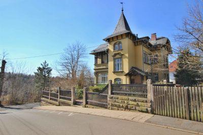 Helle 4-Raum-Wohnung in denkmalgeschützter Jugenstil-Villa mit Garten