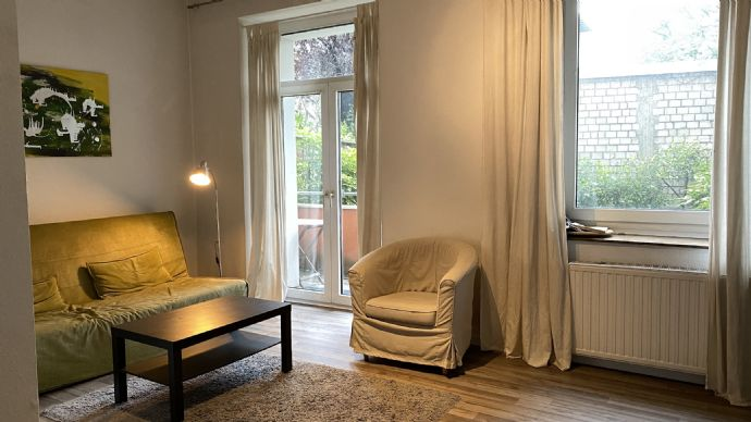 Vollmöblierte 2-Zimmerwohnung mit Garten