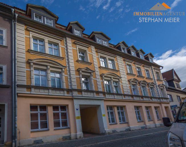 Frisch renovierte 2-Raum-Wohnung | Kurze Wege dank Innenstadtlage | Kellerabteil | Balkon!