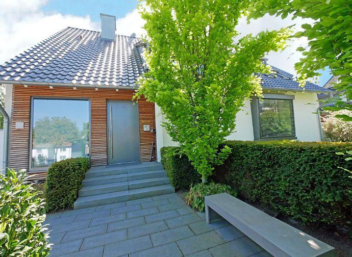 Elegantes Ein- bis Zweifamilienhaus am Stadtpark