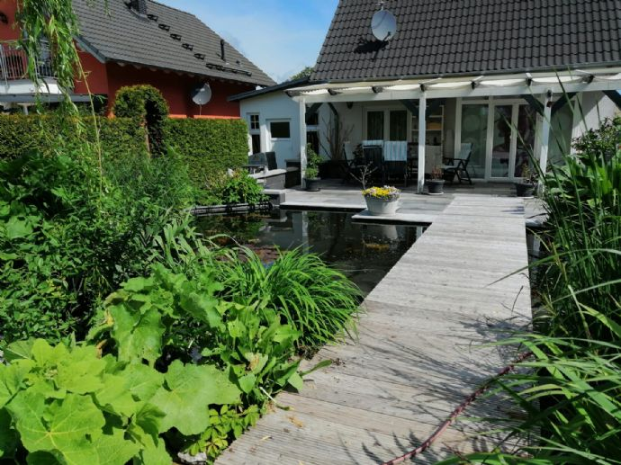 Traumhaftes Wohnen mit Stil und Natur in Schönwalde