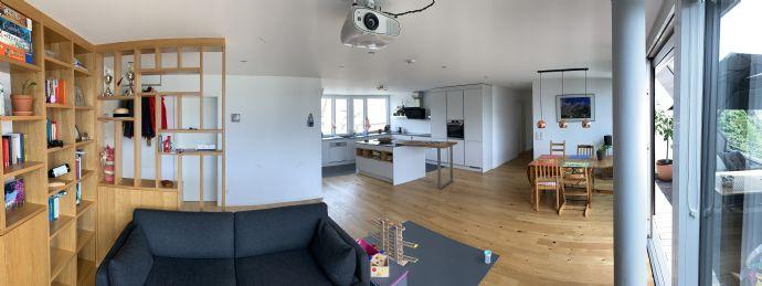 Exklusive 4-Zimmer-Neubauwohnung in Hanglage mit