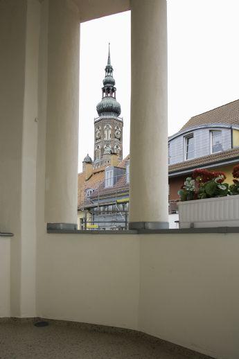 Hochwertig sanierte 3- Zimmerwohnung mit Balkon im Zentrum