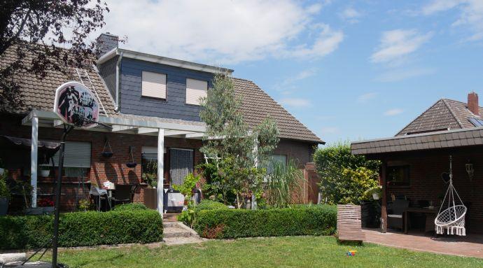 *********Sichern Sie sich noch das Baukindergeld********* Großzügiges Einfamilienhaus mit tollem Garten in Süd-West Lage.