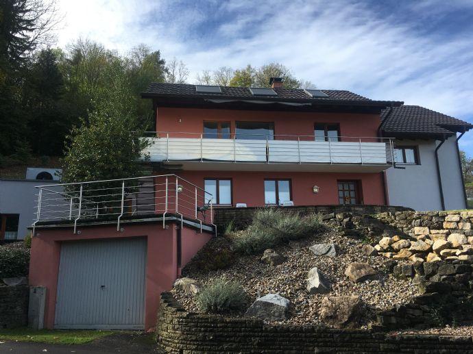 Traumhaftes Einfamilienhaus mit Einliegerwohnung in Kandern - neuer Preis !