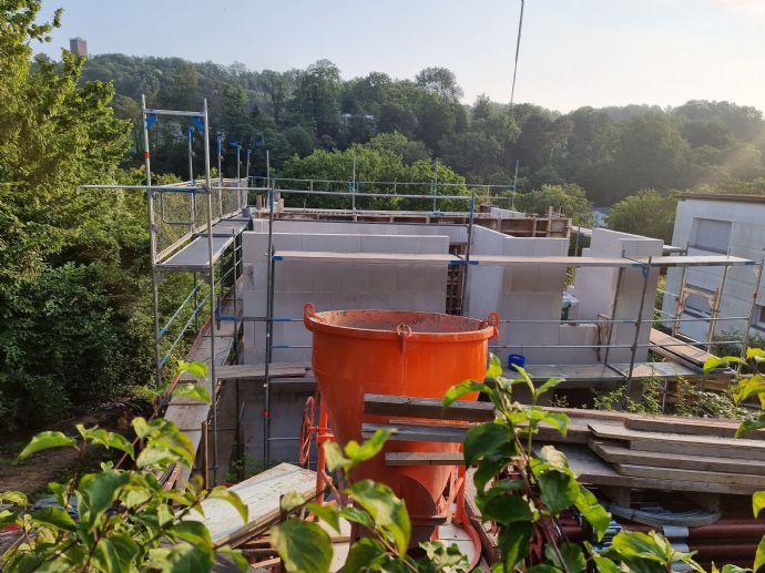 BAUBEGINN IN KÜRZE: Freistehendes Einfamilienhaus mit Terrasse in Durlach (Turmberg) zu verkaufen