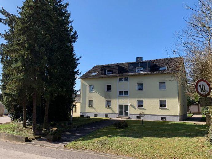 Friedrichsthal/Saar, Stadtverband Sbr.,Renditeobjekt,Wohn- und Geschäftshaus, 2 u. 6-Fam.-Haus