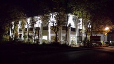 Hohenbrunn Halle, Hohenbrunn Hallenfläche