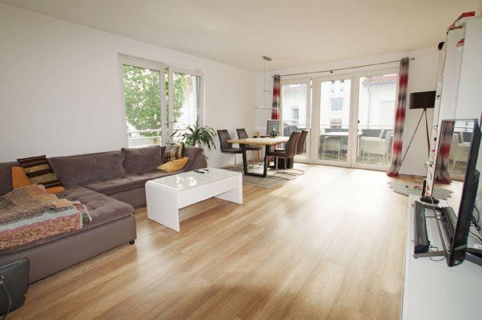 Neubau 2-Zimmer OG Wohnung mit 69,01 m² und Balkon im Niedrigenergiehaus in einer Sackgasse in Lipp