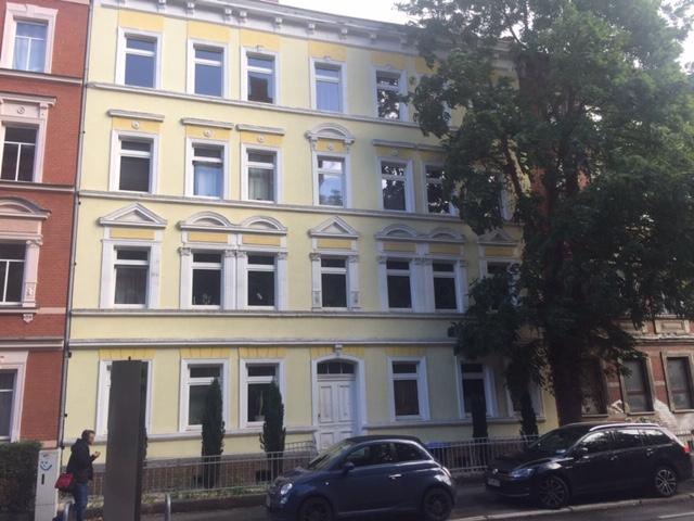 Wohnen am Rande der Altstadt: Renovierte 2 Raumwohnung im sanierten Altbau