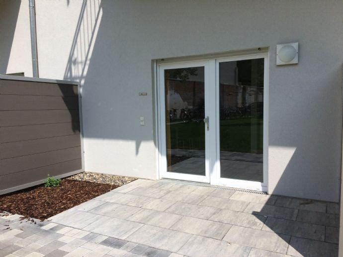 Ideal für Studenten&Azubis! Modernes Mikro-Apartment im Neubau! Zentral & teilmöbliert mit Terrasse!