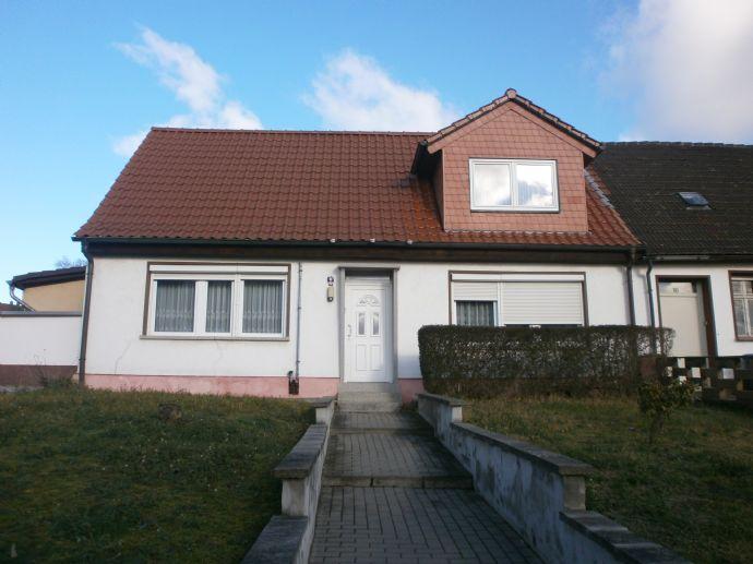 Modernisiertes Wohnhaus für 2 Generationen !