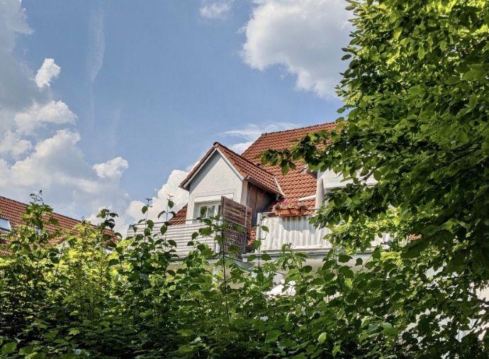 Exklusive, DG-Wohnung mit Balkon und EBK in Aystetten