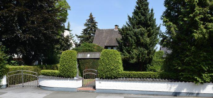 ZU VERKAUFEN: Freistehendes, stadtnahes Einfamilienhaus mit großem Garten in bevorzugter Lage im Soester Westen