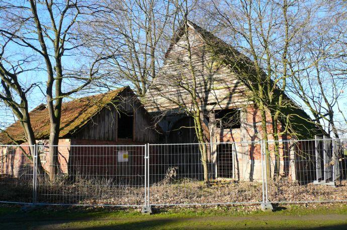 Fachwerkhaus in ländlicher Lage, Sanierungsbedürftig