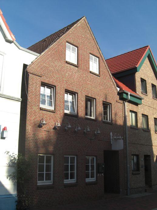 ** Wohn-, und Geschäftshaus im Herzen von Glückstadt **