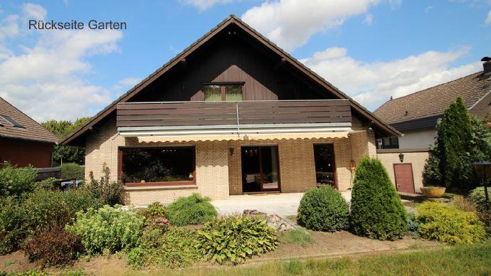 Gediegenes Einfamilienhaus in Bad Nenndorf - aus alt mach neu - neue Ideen gesucht !