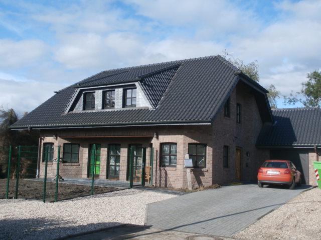 Sehr schöne, große 5 Zimmer Erdgeschosswohnung mit Terrasse und Garten in ruhiger Lage von Niederkrüchten