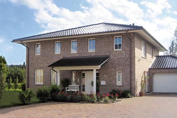 Eigenheim ca. 240 m² auf ca. 1.200 m² Grundstück in Alt- Lemsahl- projektiert