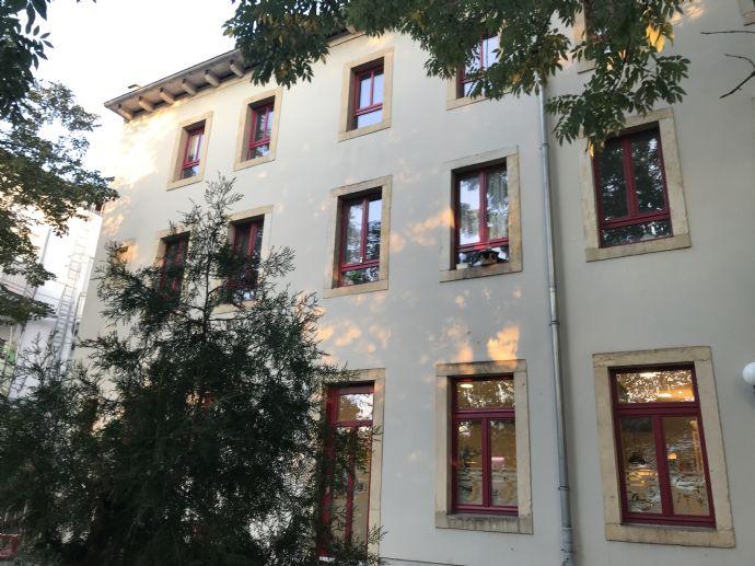 Wohnen in Pirna - familienfreundliche 3 Raumwohnung, Gartenmitbenutzung, Keller