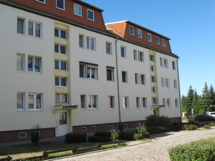 Helle und freundliche 3-Zimmer-Dachgeschoss-Wohnung in idyllischer Lage zum Kauf