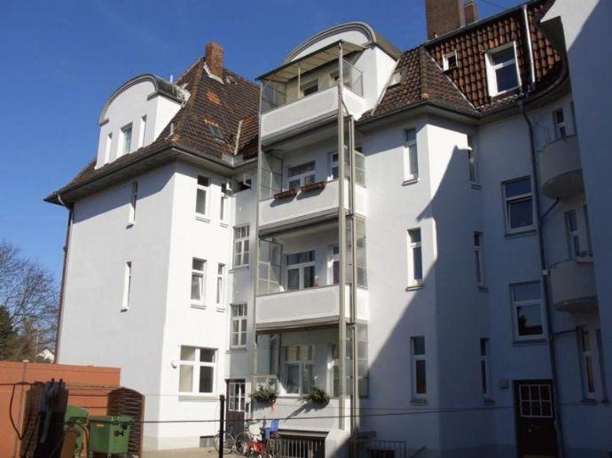 4-Zimmer Dachgeschoßwohnung WG geeignet