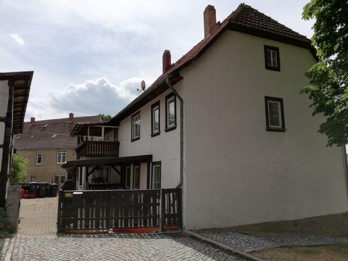 Für die Großfamilie oder als Mehrgenerationshaus! Immobilie in Marlishausen mit Garage und Nebengelass