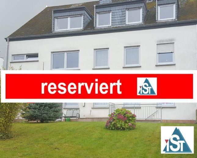 Region Bitburg-Neuerburg, Mehrfamilienhaus (MFH), mit 3 Wohneinheiten (WE), davon 1 WE derzeit vermietet, GS ca. 1.250 qm (12,50 Ar), guter Zustand.