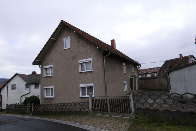 Wohnhaus mit Nebengebäude in Bad Salzungen OT Etterwinden