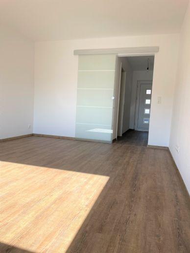 Erstbezug nach Sanierung helle 2-Zimmer-Wohnung