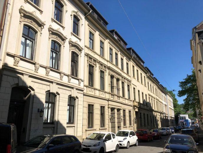 Charmante 3-Zimmer-Wohnung im Altbau!